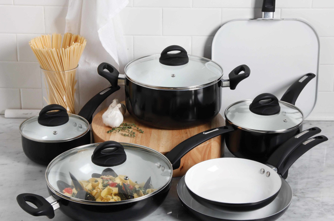 best cookware set in 2018 reviews and ratings. Black Bedroom Furniture Sets. Home Design Ideas