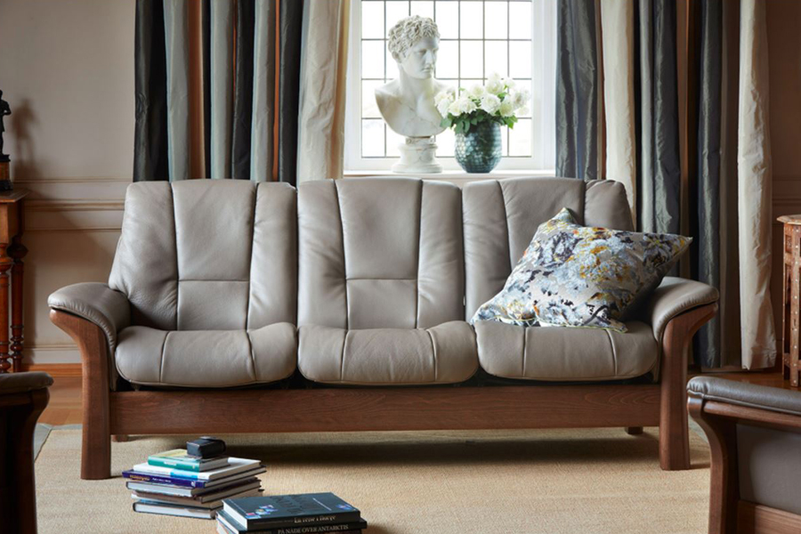 Leather Lounges: All You Need to Know